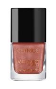 Catrice Vinyl vs. Velvet Nail Lacquer